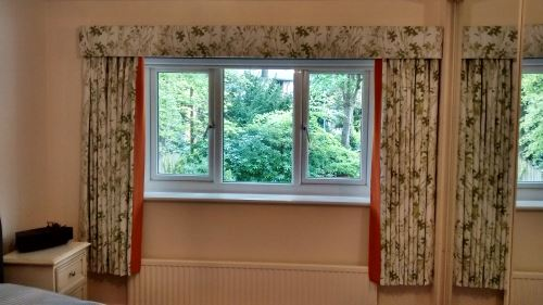 Simple but effective use of fabric and window treatment style