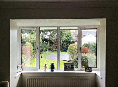 Square bay window
