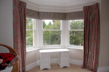 bay window curtain rails