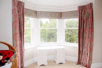 bay window curtains with roman blinds