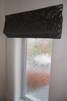 roman blinds outside recess